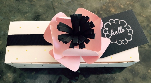 August box w flower