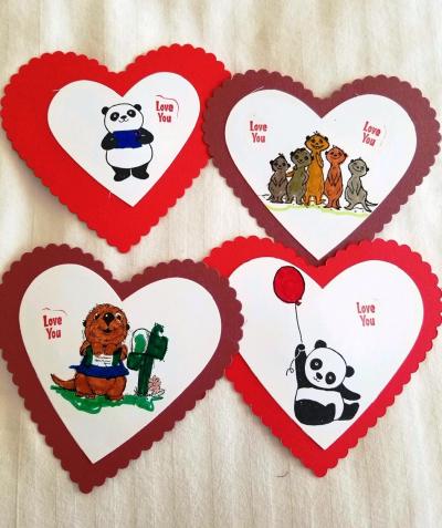 Heart Valentines w Meerkats